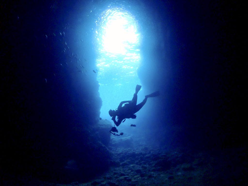 恩納村 青の洞窟